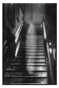 Where Paranormal Phenomena are the Norm Raynham Hall 203x300